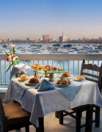 825_greek-club-white-and-blue-restaurant-6