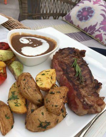 مطعم وكوفى شوب شكسبير اند كو فرع التجمع الخامس meat steak