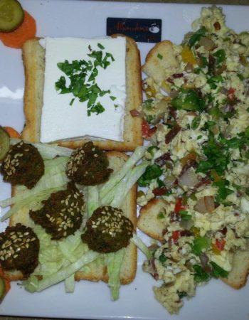 الهمبرا كافيه شرم Al Hambra Cafe Sharm 3
